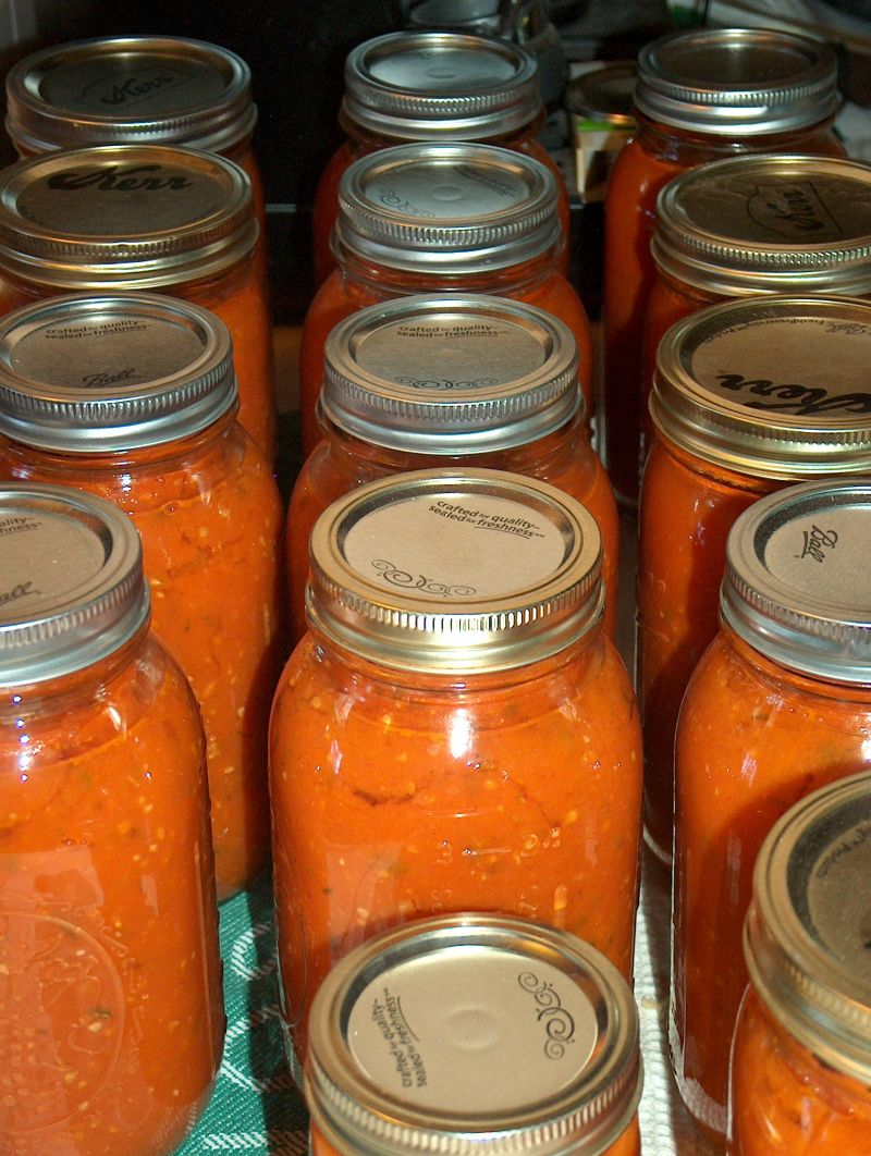 canned tomato pasta sauce