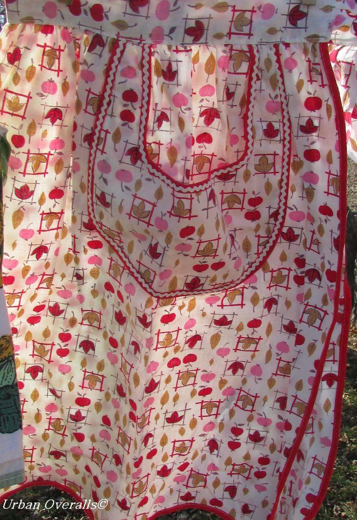 vintage print apron