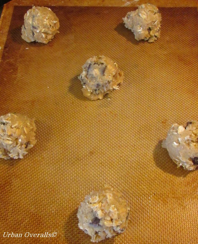 cookies spaced on baking sheet